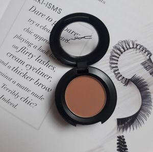 "Mac ""Soft Brown"" Matte Eyeshadow"